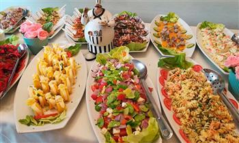 Buffet marino y criollo para una persona.