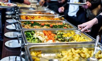 Exquisito Buffet en El Jade Restaurante Oriental
