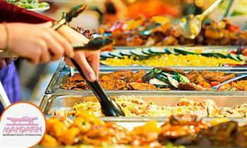 Almuerzo buffet de lunes a domingo en el Restaurant Internacional Mandarín.