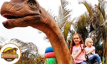 Full day en DinoWorld + all you can eat de pollo a la brasa y más según elijas