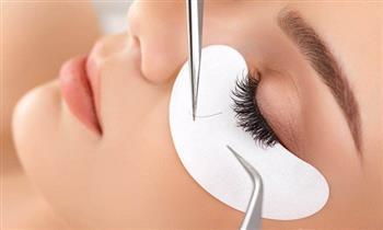 Extensiones de pestañas 3D  pelo a pelo + diseño y depilación de cejas en Medic Spa