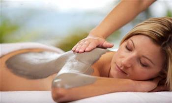 Masajes relajantes + piedras frías + limpieza facial y más.