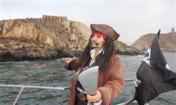 Callao-La Punta: recorrido por la bahía en yate con piratas