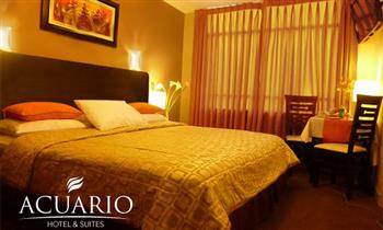 Surco: Noche romántica en hab. Superior o Suite con jacuzzi + welcome drinks
