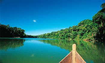 Puerto Maldonado: Full day en bote por rio Madre de Dios y Tambopata + Puente Continental