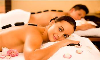 Miraflores: Masajes relajantes + piedras frías + limpieza facial y más.