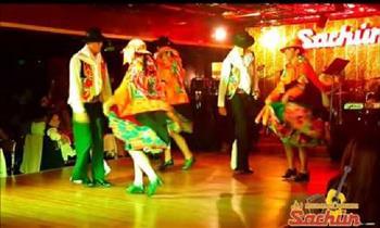 Miraflores: 2 entradas para show en vivo + 1 jarra de cerveza en Sachún peña turistica